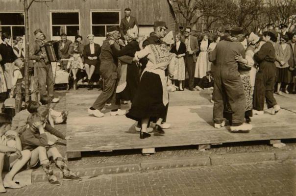 Den Koopman Dansen; Jay Canto